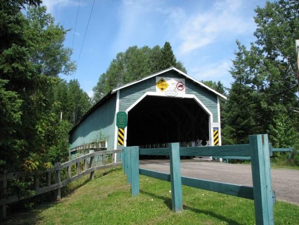 Pont Couvert du Lac Ha! Ha!
