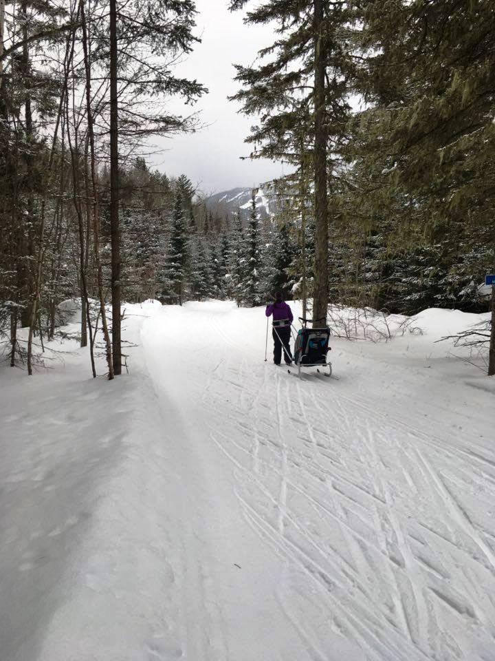 En famille dans la boucle de 6 km avec le petit dernier (Mont-Édouard)