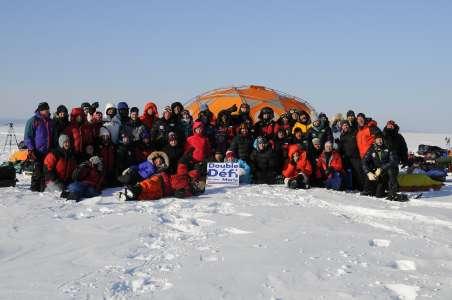 L'équipe qui, sans votre appui, ne pourrait accomplir ces expéditions thérapeutiques (Crédit photo: Fondation sur la Pointe des Pieds)
