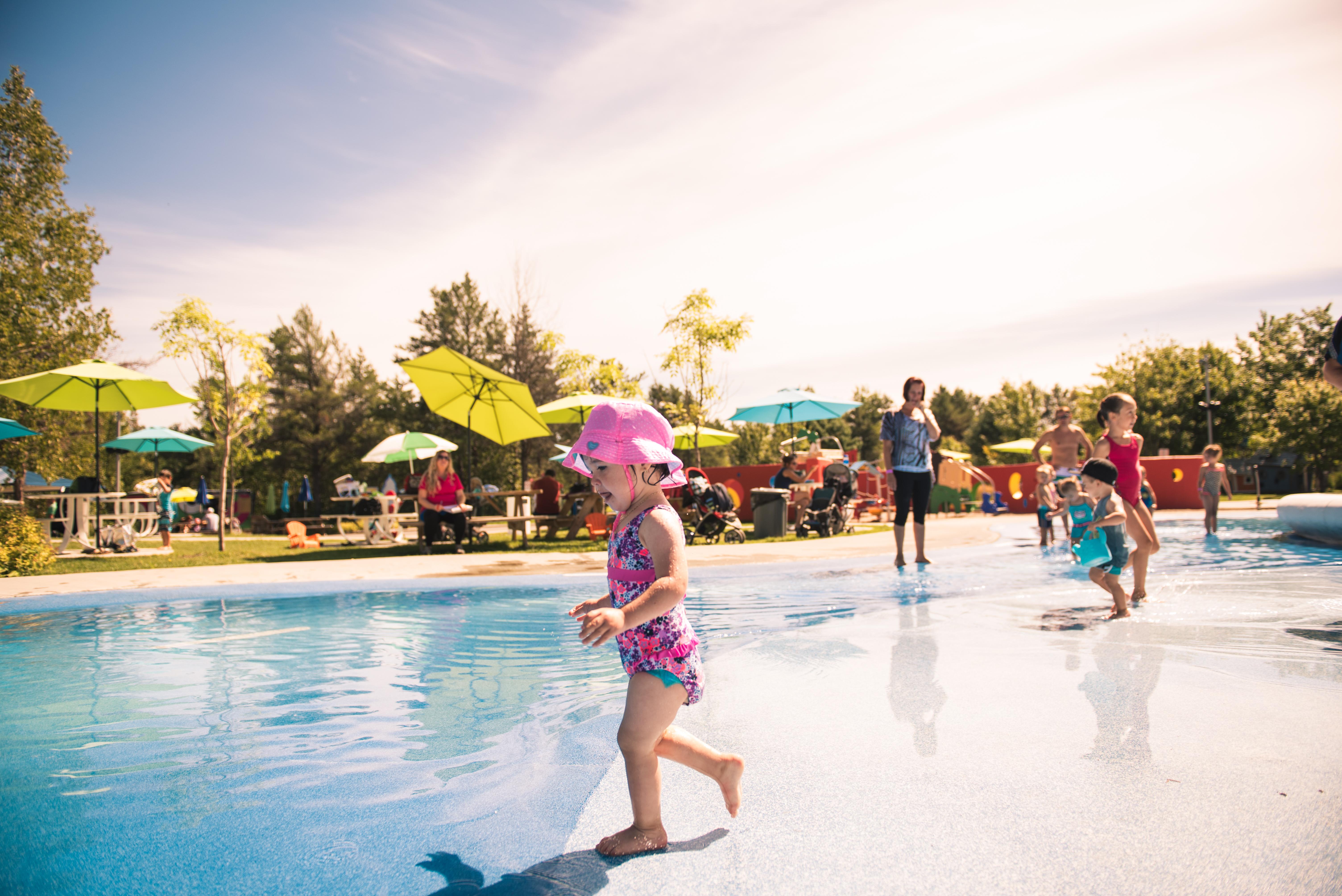 Parc Mille Lieux de la coline - enfants, jeux d'eau